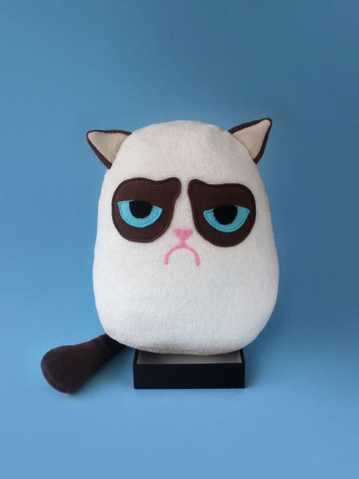 GRUMPY CAT plush toy | Walking On Sunshine | Scoop.it