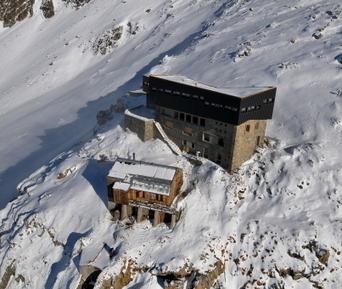Montagne : le refuge d'hiver Albert 1er est ouvert | ski de randonnée-alpinisme-escalade | Scoop.it