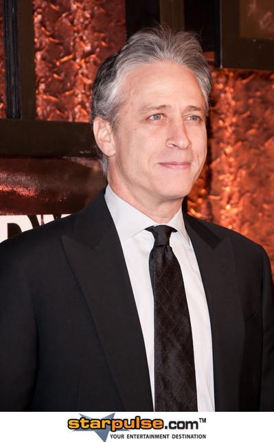 Jon Stewart Destroys CNN & MSM Over Navy Massacre ~> Omg Hilarious Video ~> Must See | Restore America | Scoop.it