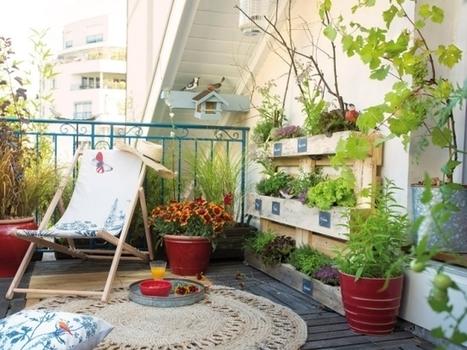 amenagement balcon en longueur des touches de rose rveillent dsormais ce balcon tout en. Black Bedroom Furniture Sets. Home Design Ideas