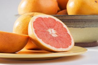A grapefruit a day keeps the doctor away - Fox News   Citrus Science   Scoop.it