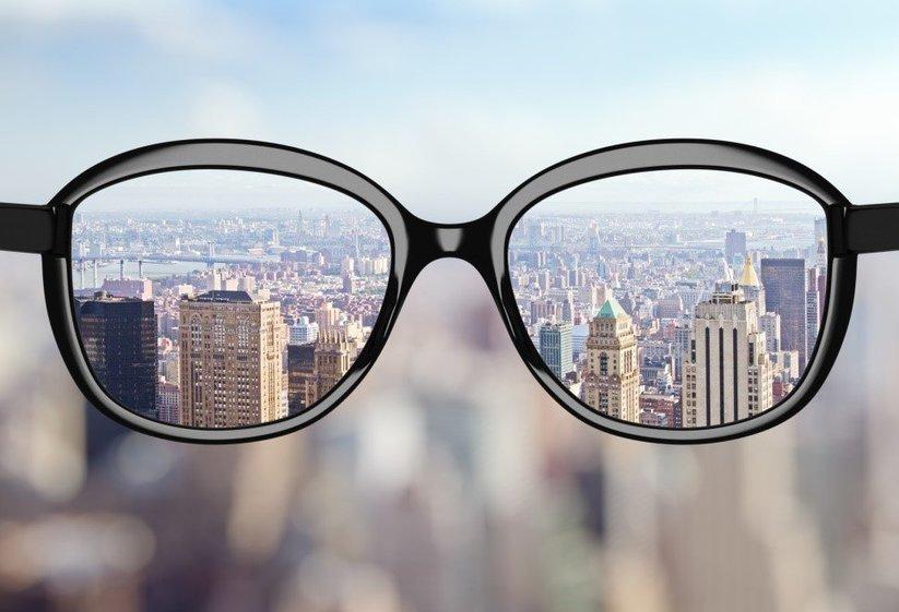 6ea692e51c59 4 Types of Coatings for Eyeglasses –