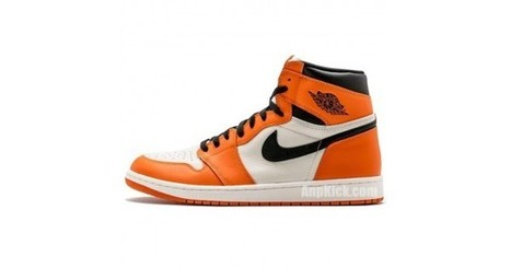 cheaper 1ee84 771e8 Air Jordan 1 Orange Retro High OG