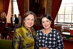 Nederland Leest geopend in de Eerste Kamer - Bericht - Bibliotheekblad | trends in bibliotheken | Scoop.it
