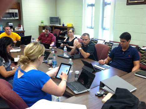 Science teachers at Assabet training on use of iPads to brighten classes - Worcester Telegram | Ed Tech @XaverianHS | Scoop.it