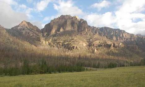 Wyoming Wildfire Reveals 'Massive' Shoshone Camp, Thousands of Artifacts | Archaeology & Archaeological News | Scoop.it