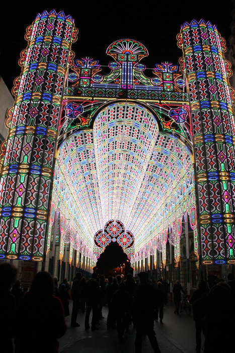 LED Cathedral Installation by Luminarie De Cagna (Picture Gallery) | Coolios | Scoop.it