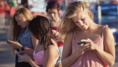 Steeds meer tieners in VS verruilen Facebook voor Twitter | mediacoaching en welzijn | Scoop.it