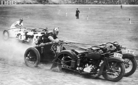 Carreras de carros al mejor estilo romano pero con motocicletas   Referentes clásicos   Scoop.it
