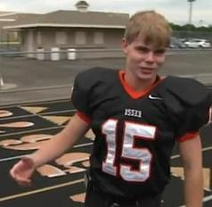 Nice is Trending on Twitter: School's Football Captain Beats Cyber Bullies With Kindness Tweets | Bullying | Scoop.it