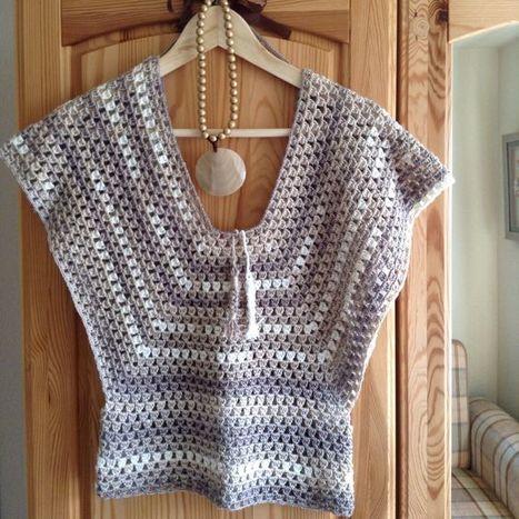 Crop Top Woolen Get Design Art Tutoril In 900crochet Design