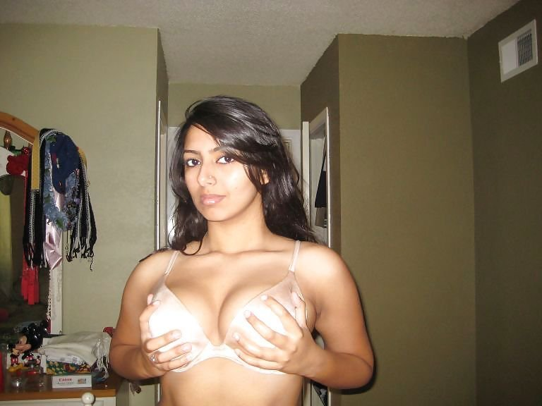Srilankan class girl xxx boobs Such hot