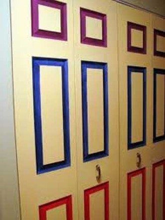 Fotos e ideas para decorar las puertas de los a for Decorar puertas armario