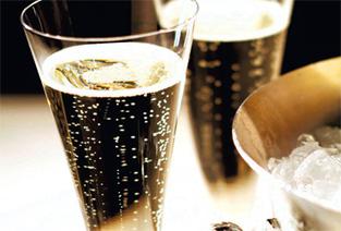 champagne: emblème du bonheur et de la réussite sociale. | actualité-buduquebec | Scoop.it