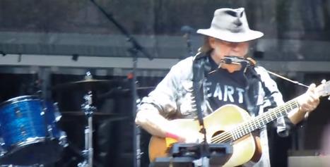 [Videos] Neil Young. Concierto del solsticio de luna llena #BCN 20/06/16 | Política & Rock'n'Roll | Scoop.it