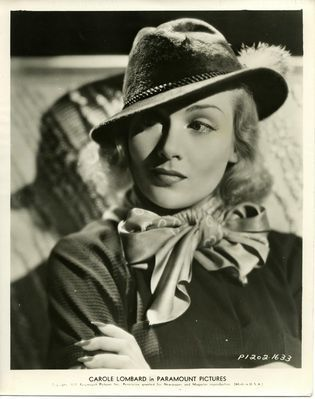 The Carole Lombard Photo Archives | Carole Lombard .org - Carole Lombard Paramount Portraits/P1202-1633 | Vintage Whatever | Scoop.it