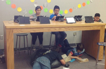 """""""iPad Cafe"""" spices up middle school library 