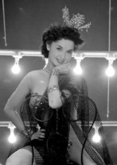 Las Vegas showgirl Dale Strong, 1952. | Herstory | Scoop.it