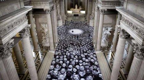 Culture - Vidéo : l'artiste JR fait entrer plus de 4000 illustres inconnus au Panthéon | arts & technologies | Scoop.it