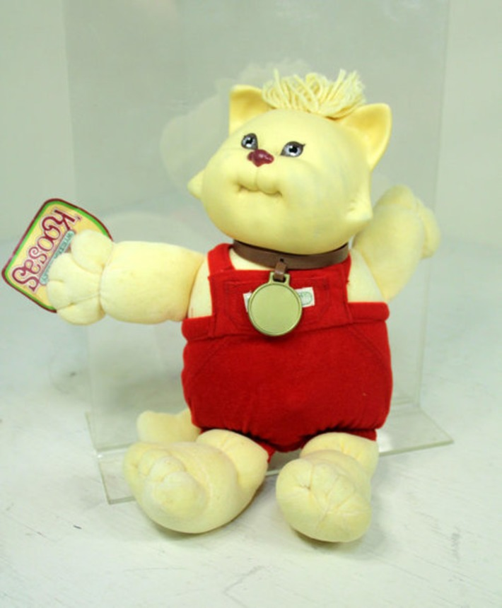 Vintage Early 80s Cabbage Patch Koosa Kitty Cat Doll with Original Tag Retro 'Koosas Cabbage Patch Kid CPK | Kitsch | Scoop.it