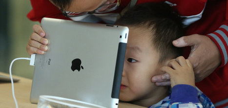 The Child, the Tablet and the Developing Mind | Tech news  & tips for parents | Scoop.it
