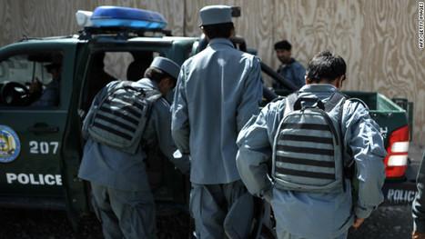 Estados Unidos suspende el entrenamiento de policías afganos por aumento de ataques | Saber diario de el mundo | Scoop.it