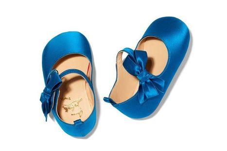 be11605339aecd Christian Louboutin dessine sa première ligne de chaussures pour bébés    L actualité de la