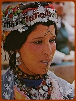 Tatouages Et Culture Berbere Kabyle Am