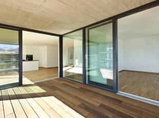 Terrasses couvertes, balcons : avantages et inconvénients   La Revue de Technitoit   Scoop.it