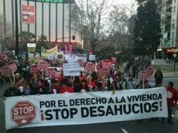 Miles de aragoneses salen a la calle por el derecho a la vivienda y contra el genocidio financiero | AraInfo | Achencia de Noticias d´Aragón | Acorazado Topemkin | Scoop.it