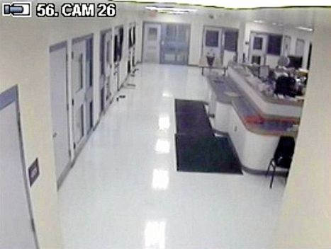 Video evidence in 2011 police beating of handcuffed man destroyed   SocialAction2014   Scoop.it