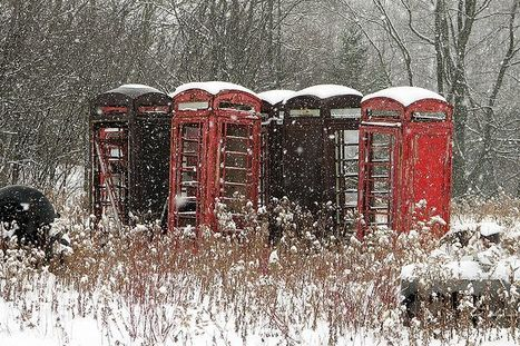 Decaying Red Telephone Boxes: Urban Ghosts Media | Modern Ruins | Scoop.it