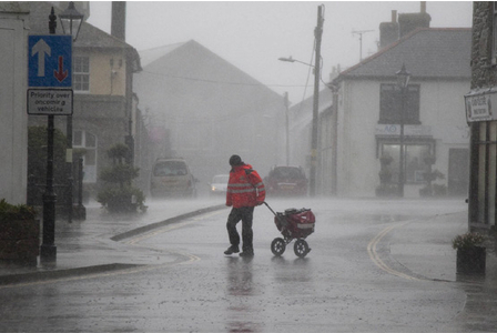 LIVE: Cornwall braces itself against rain, floods and high winds | Climate Chaos News | Scoop.it