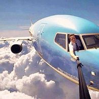 Selfies 101: How to Take Better Selfies (Awesome Beginner Guide!!)   Post Planner   Social Media Magic   Scoop.it