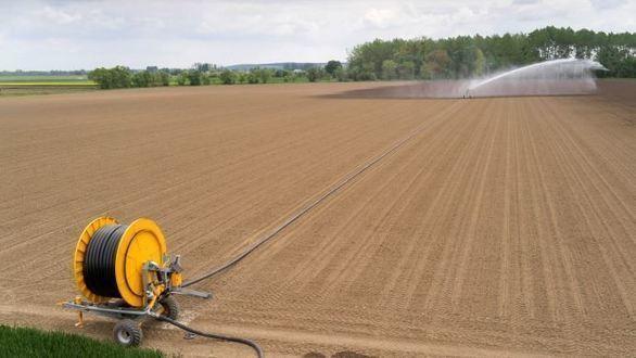 Stocker l'eau en France pour l'agriculture se heurte aux oppositions