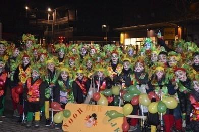 Clownsstoet trekt door straten van Maaseik - Het Belang van Limburg   Mezeik,   Scoop.it