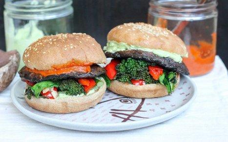 15 Ways to Make Umami Veggie Burgers Using Mushrooms | Vegan Food | Scoop.it