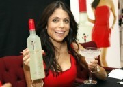Bethenny Frankel's Skinnygirl Cocktails Aren't For Healthygirls, Says Whole Foods | Fitness for Women | Scoop.it