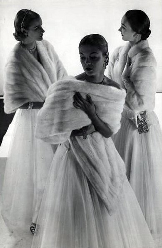 1946 photo by Gjon Mili - | Flickr - Photo Sharing! | Vintage Whatever | Scoop.it