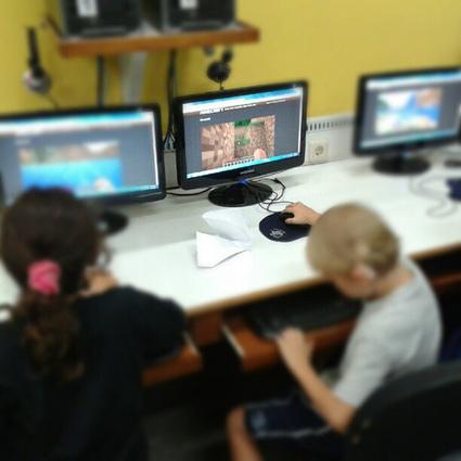 Minecraft or MinecraftEdu at School? Pros, Cons...   Verkkoviestintä   Scoop.it