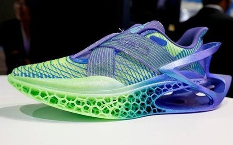 Recyclable TPU Shoes 3D Printed by Peak & W