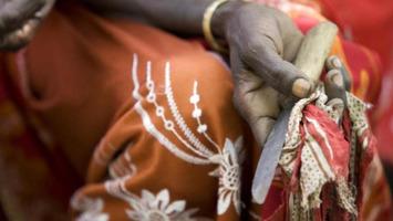 Mali: «Nous voulons une loi qui interdise l'excision»   RFI   Kiosque du monde : Afrique   Scoop.it