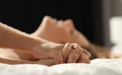 erotiikka tampere nainen sängyssä