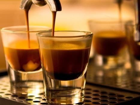 Τι θα αλλάξει από 1η Ιανουαρίου στην τιμή του Κυριακάτικου καφέ σου | Politically Incorrect | Scoop.it