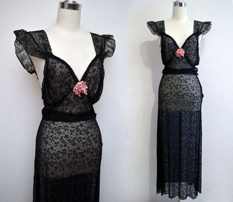 Vintage 30s Black Lace Lingerie Set // 1930s Skirt & Top by Beau Monde | Lingerie Love | Scoop.it