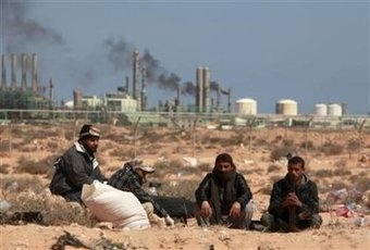 Analysis: Chaotic oil power Libya far from partition - defenceWeb #Oil #Libya | Saif al Islam | Scoop.it