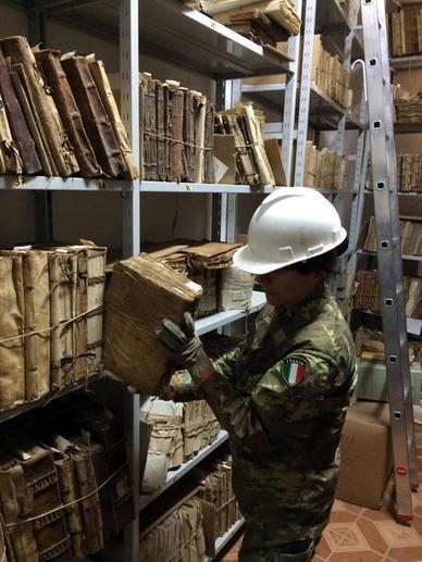 L'esercito recupera i libri del'archivio di Visso - Marche | Généal'italie | Scoop.it