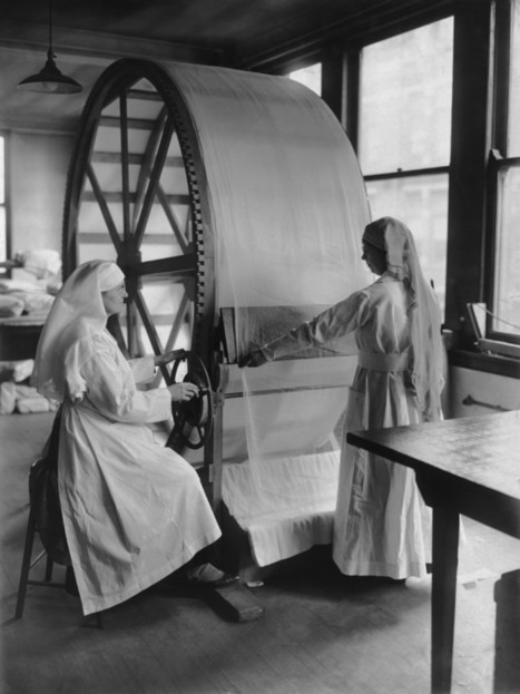 What 'Women's Work' Looked Like 100 Years Ago | Storytelling in the Digital Age | Scoop.it