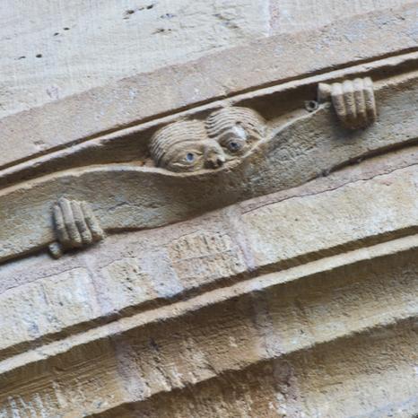 The Peeker of Conques  - Amuse-bouche  #3   (Dennis Aubrey) | L'info tourisme en Aveyron | Scoop.it