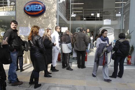 Crise des dettes: 30 000 fonctionnaires grecs en chômage forcé | Union Européenne, une construction dans la tourmente | Scoop.it